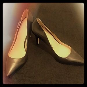 Saks Fifth Ave Black Pumps